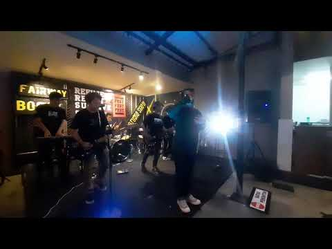 Timmy time - lupakan semua | live at fairway cafe