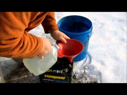 """How to repair a 12 volt car battery using pickling water """"alum and water"""" for under 5 dollars"""